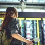 edad mínima para viajar solo en avión