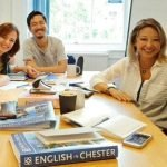 Cursos de inglés para mayores de 40 Chester