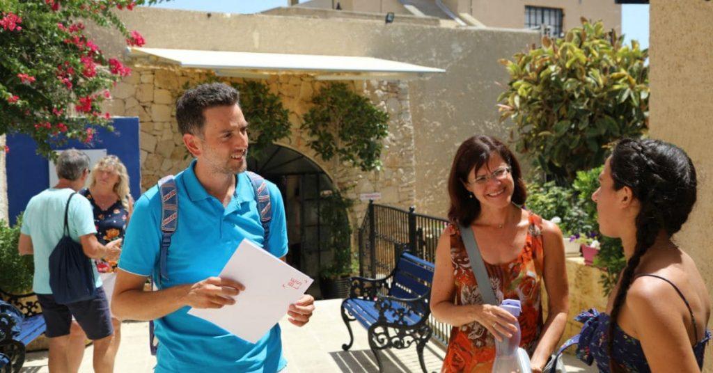 estudiantes escuela de ingles en verano Gozo