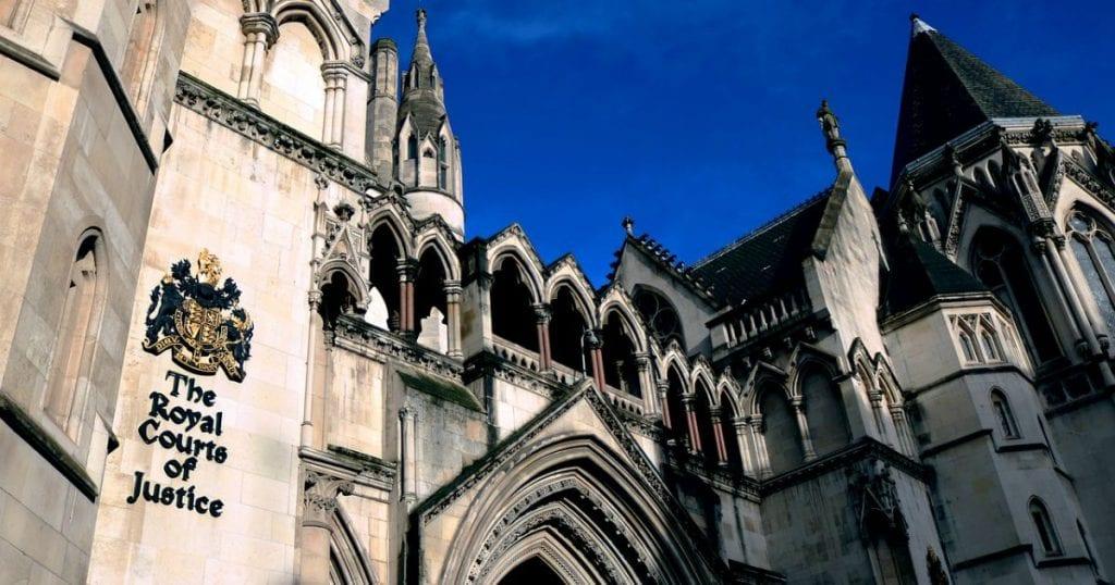 Fachada de los Royal Courts of Justice, Londres   Inglés ya