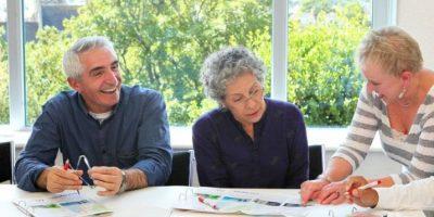 Inglés para mayores de 50 años en Torquay